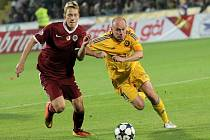 Jihlava už ve svém kádru nepočítá s Václavem Kolouškem (ve žlutém). Zkušený středopolař bude na jaře působit jako hrající asistent u juniorského týmu.