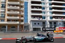 Velká cena Monaka: Lewis Hamilton na trati