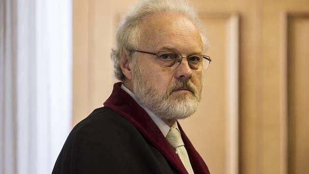 Žalobce Petr Jirát