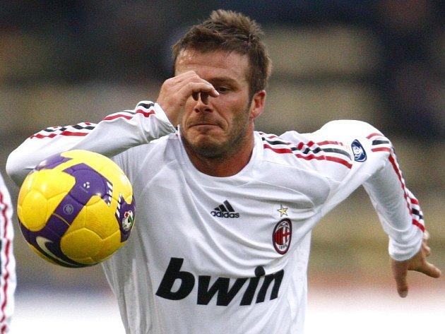 David Beckham v dresu AC Milán.