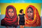 V turistických oblastech se množí moderní graffiti, které však reagují na lokální zvyky.
