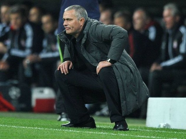 José Mourinho na lavičce Realu Madrid.