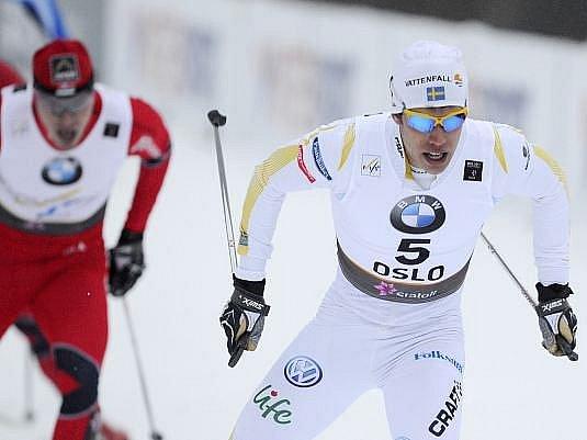 Švédský sprinter Marcus Hellner vyhrál rok po olympijském triumfu i zlatou medaili na MS v Norsku.