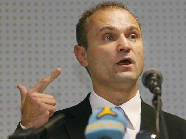 Ministr vnitra Ivan Langer.