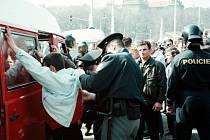 Zásah proti nelegálním pracovníkům, ilustrační foto