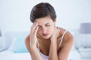 Migréna je bolestivé, chronické onemocnění, které postihuje mozkové cévy