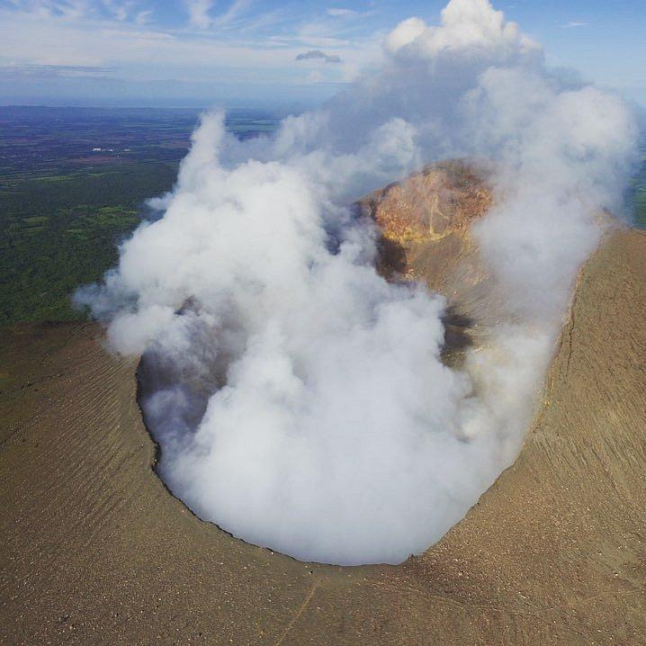 Sopka z ptačí perspektivy
