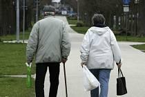 Důchodci. Ilustrační snímek