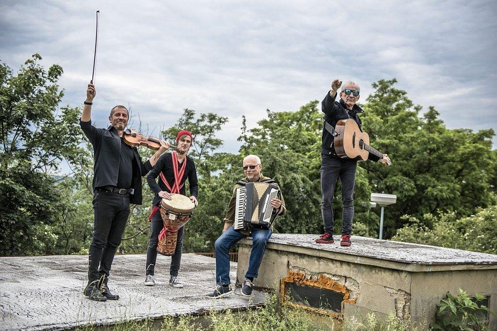 Hudební skupina Čechomor