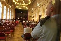 Přezkumné jednání o pohledávkách přihlášených do insolvenčního řízení se Sazkou, která je od konce března v úpadku, se konalo 26. května v Praze.