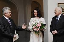 Prezident republiky Václav Klaus poobědval na Pražském hradě s předsedou Senátu Milanem Štěchem a předsedkyní Poslanecké sněmovny Miroslavou Němcovou.
