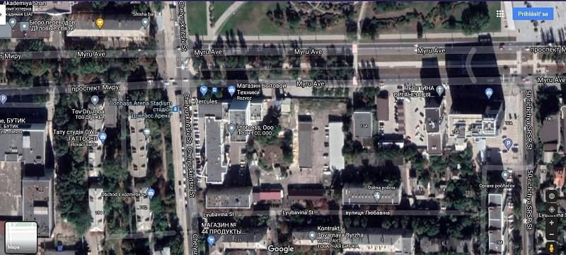Ne všechny konfliktní oblasti jsou na Google Maps rozmazané. Snímky města Doneck ve vysokém rozlišení poskytoval portál Google Earth i v době bojů.