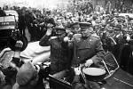 V květnu 1945 vítali Koněva v Praze tisíce nadšených občanů oslavujících konec války. Sovětská tajná služba však už v té době začala vyhledávat a odvlékat československé občany, někdejší ruské emigranty