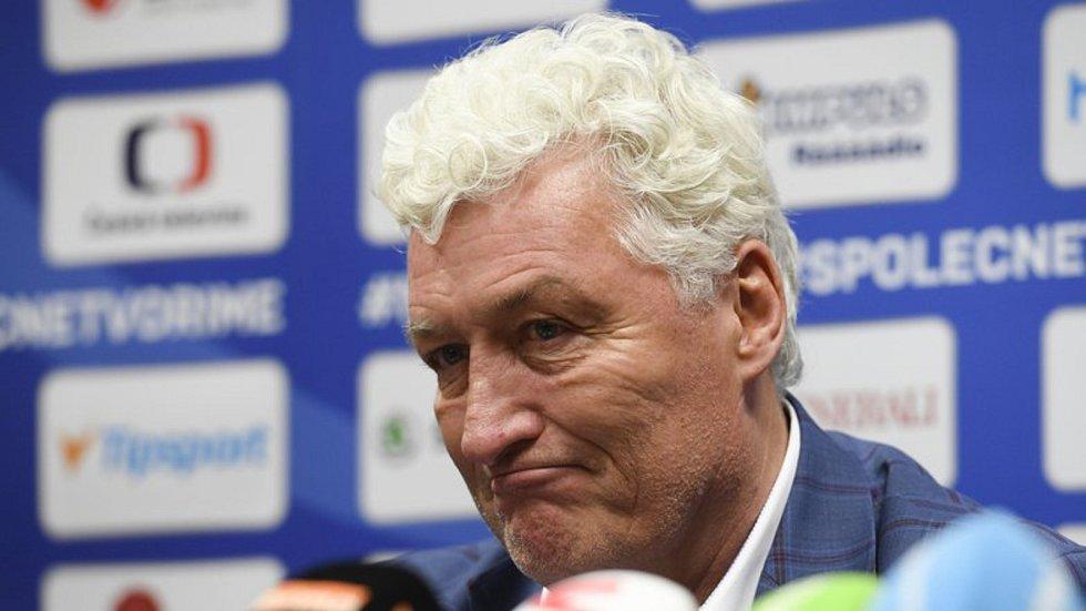 Trenér Miloš Říha vystoupil 27. května 2019 v Praze na tiskové konferenci české hokejové reprezentace po návratu z mistrovství světa.