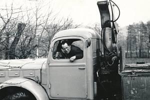 Miroslav Hampl jako řidič stavebního podniku  (1960)