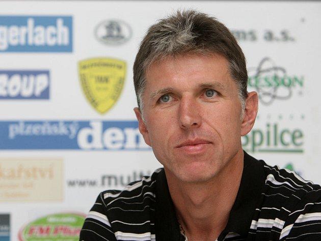 Trenér Českých Budějovic Jaroslav Šilhavý