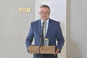 Briefing vedoucího Kanceláře prezidenta republiky Vratislava Mynáře