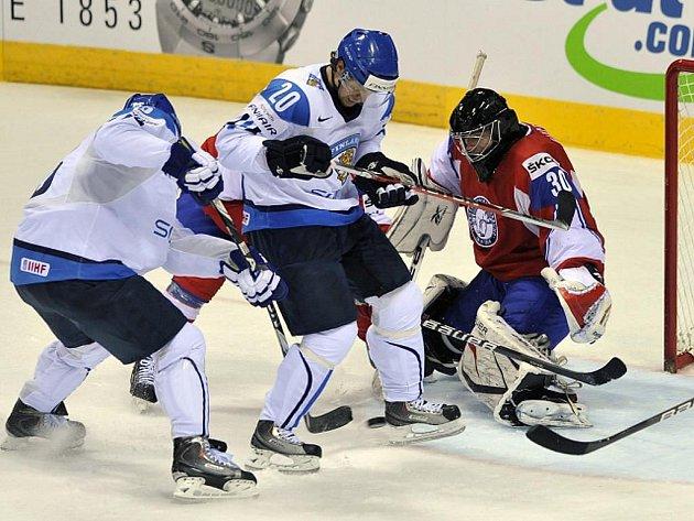 Hokejisté Ruska otočili ve čtvrtfinále MS drama s Kanadou a vyhráli 2:1. Finsko porazilo Norsko 4:1.