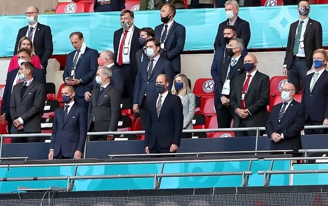 Aleksander Čeferin, šéf UEFA, si změnu pravidel pochvaluje