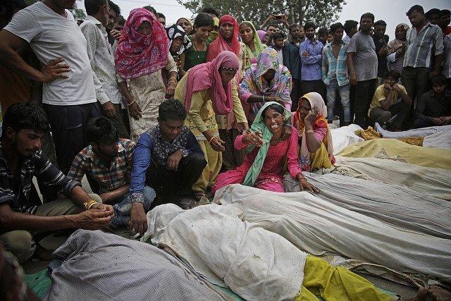 Indie, tragédie na řece Jamuna