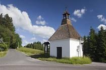 Silnice II/288 vede i kolem Sejkorské kaple