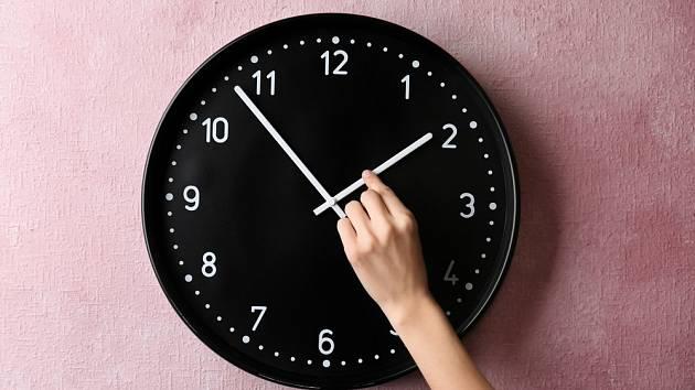 Střídání času - Ilustrační foto