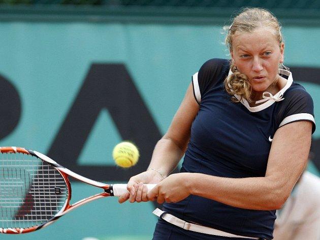 Česká tenistka Petra Kvitová podlehla v osmifinále turnaje v Paříži Estonce Kaie Kanepiové.
