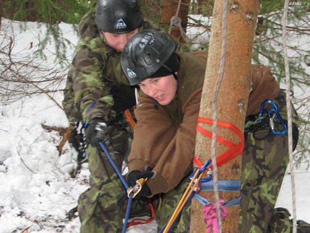Vzájemná pomoc. Vojáci budou cvičit s horskou záchrannou službou.