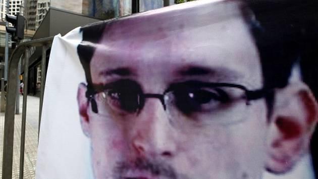Edward Snowden na plakátu.