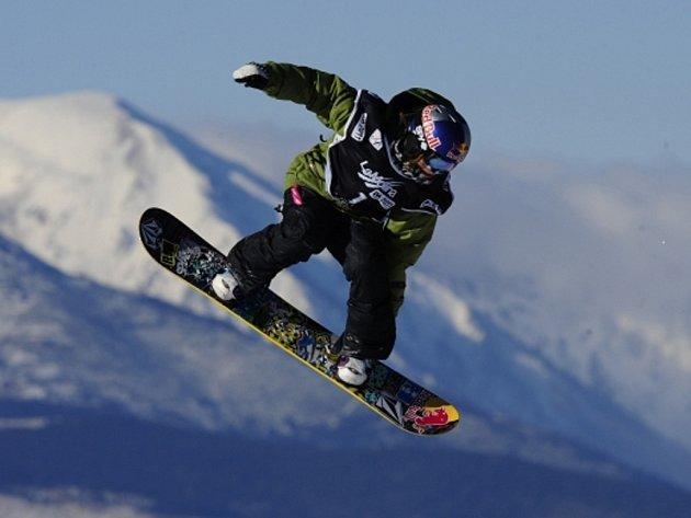 Freestyle snowboardistka Šárka Pančochová.