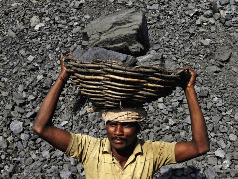 Indie je připravena otevřít po 40 letech komerční těžbu uhlí soukromým firmám.