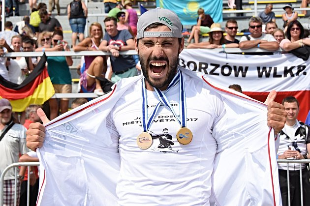 Josef Dostál si dojel na MS v Račicích pro zlato a bronz.