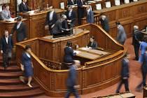 Japonský parlament dnes večer SELČ (v sobotních časných ranních hodinách  místního času) schválil bezpečnostní 63c37797a8