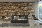 Kamenná stěna v ložnici