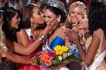 Novou Miss Universe se stala tmavovlasá Filipínka Pia Alonzová Wurtzbachová.