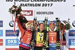 Koukalová vybojovala na biatlonovém MS bronz ve stíhačce, nestačila jen na Němku Lauru Dahlmeierovou a Darju Domračevovou z Běloruska.