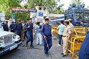 Na soud s Ásaramem Bapu dohlížely stovky policistů