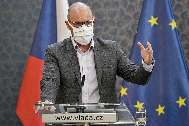 Ministr školství Robert Plaga (za ANO)
