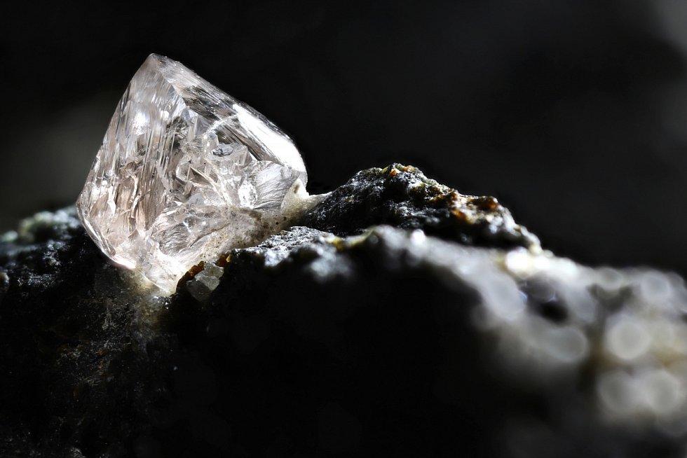 V loňském roce vzrostla diamantová produkce laboratoří po celém světě na množství šest až sedm milionů karátů