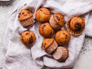 Hrnkové muffiny s čokoládou