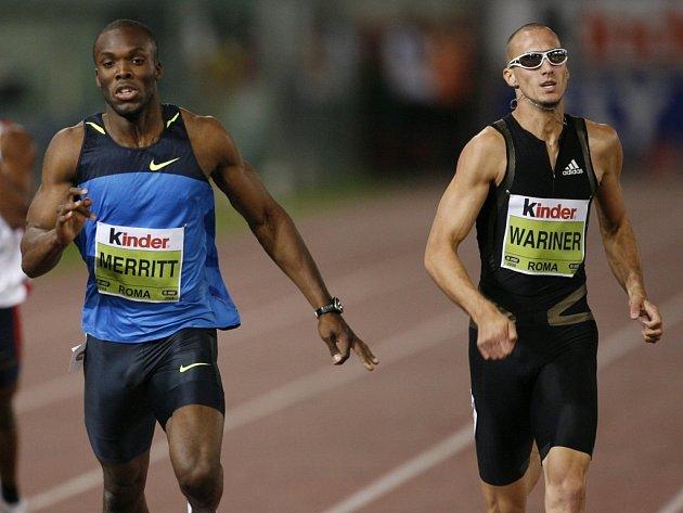 Američan Jeremy Wariner (vpravo) v běhu na 400 metrů neměl na Golden League v Římě přemožitele.