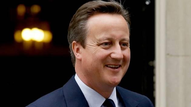 Britský premiér David Cameron v úterý při neformální večeři vůbec poprvé seznámí své unijní kolegy, hlavy států a vlád ostatních zemí Evropské unie, s tím, co se v Británii v souvislosti s referendem o vystoupení z EU stalo a děje.