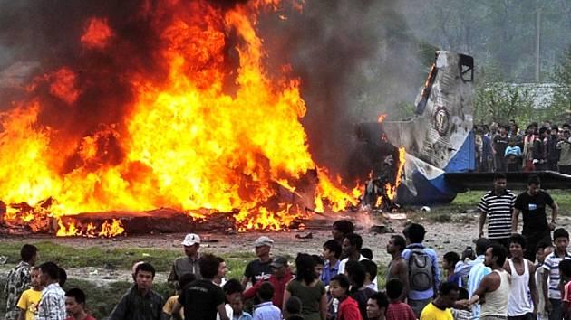 Letecké neštěstí v Nepálu.