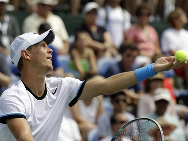 Tomáš Berdych ve finále turnaje ve Winston-Salemu.