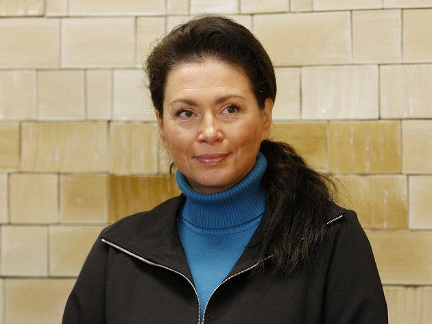 Jana Bobošíková předložila jako devátá v pořadí ministerstvu vnitra v Praze v doprovodu svého týmu přihlášku pro prezidentskou volbu. Její kandidaturu podpořilo asi 55.000 lidí.