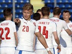 Antonán Barák se raduje z gólu proti San Marinu.