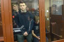 Pavel Mamajev a Alexander Kokorin před soudem