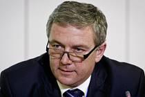 Ministr dopravy Antonín Prachař.