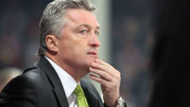 Trenér Pardubic Miloš Říha byl po domácí porážce s Ústím odvolán.