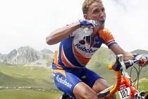 Michael Boogerd na snímku z Tour de France 2002